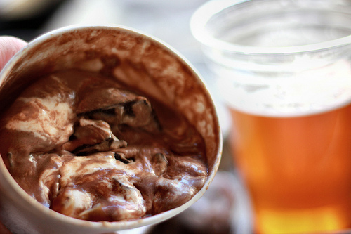 Frozen custard & beer = classic combo!
